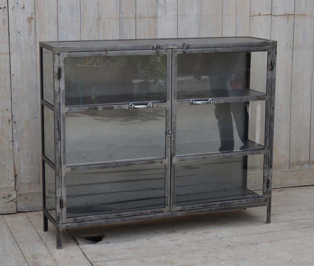 Metallskåp Med Glasdörrar Förvaring Myhomemyway Se